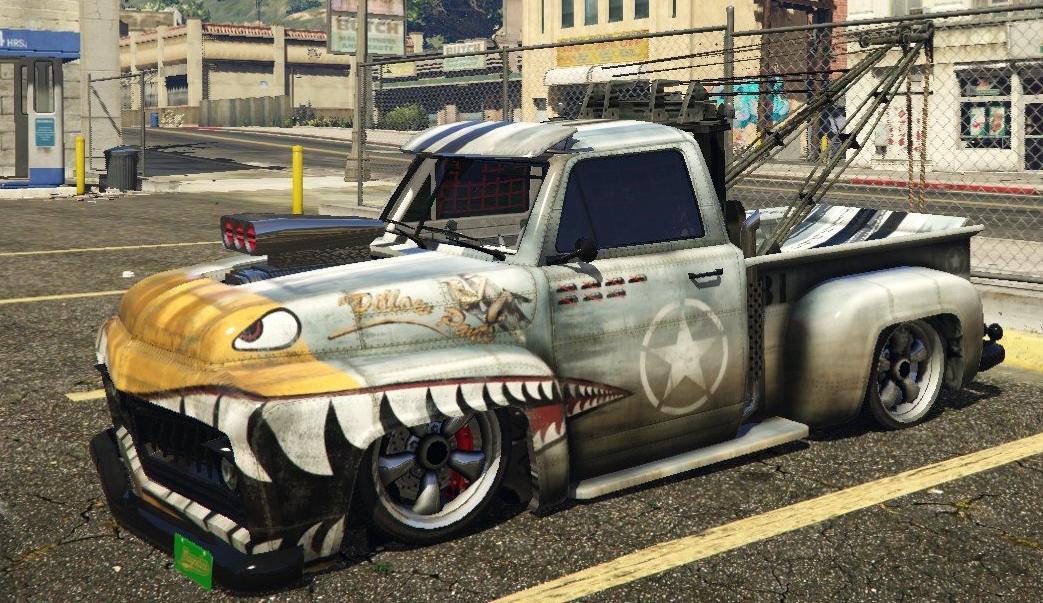 Benny's Custom Tow Truck