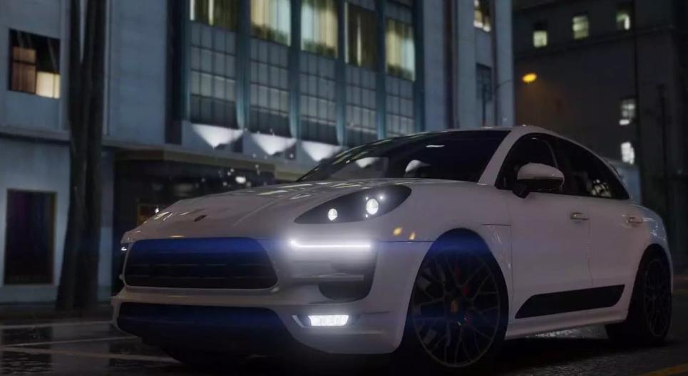 Моды для GTA 5 2017 Porsche Macan GTS.