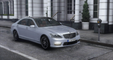 Mercedes-Benz S63 W221