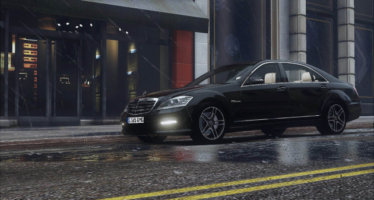 Mercedes-Benz S65 W221