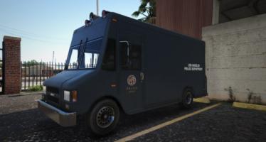 LAPD Boxville 70